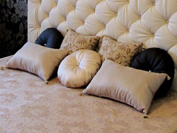 dekorativnye-podushki-1 | Как правильно подобрать декоративные подушки к вашему интерьеру