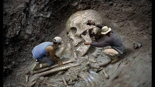 Brazil-Giant-Skeleton