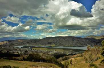 On my way to Chimborazo, Ecuador. This photo looks like a painting, no?