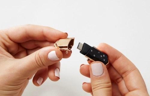 Talsam USB Kolye