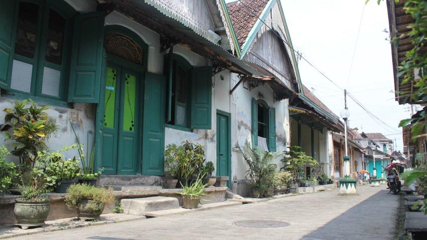 Kampung Kauman Cover
