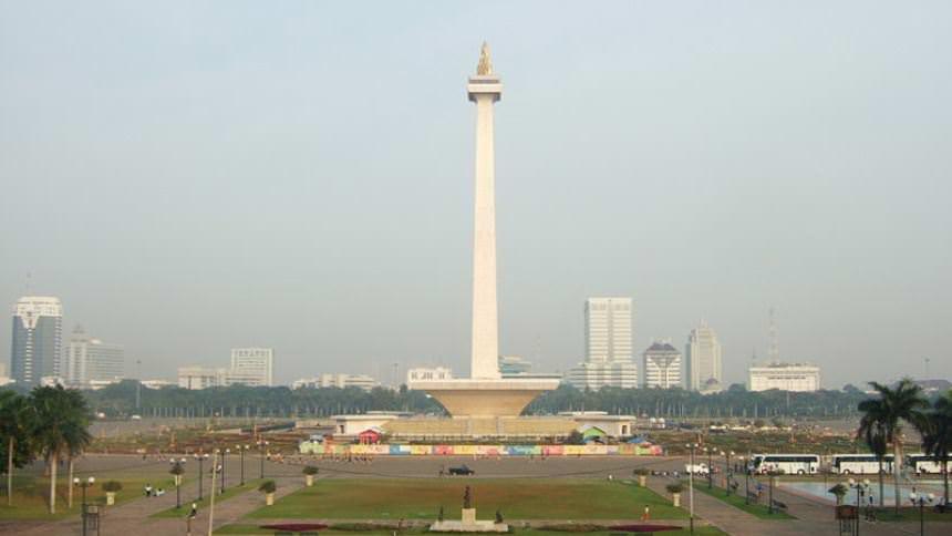 Monumen Nasional (Monas) Monumen Nasional Monas - Dolan Dolen