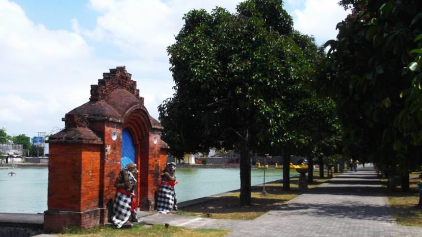 Taman Air Mayura Taman Air Mayura - Dolan Dolen