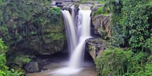 16 Air Terjun Tersembunyi di Bali 16 Air Terjun Tersembunyi di Bali - Dolan Dolen