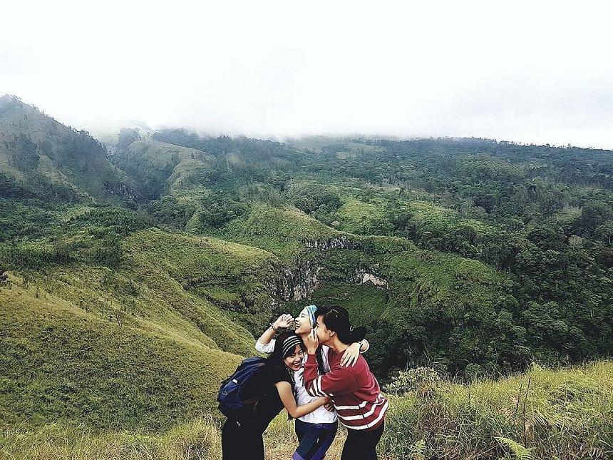 Budug Asu Camp Malang Budug Asu via IG  nitasoniaa Dolandolen - Dolan Dolen