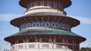 Objek wisata Pagoda Tian Ti, Surabaya