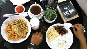 eat out bristo kuliner kota malang eat out bristo via avid zooaredie - Dolan Dolen