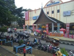 jam gadang taman kota bukittinggi (31)