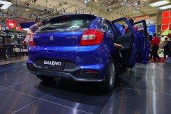 gaikindo indonesia internasional auto show giias 2017 ice bsd honda civic turbo type r toyota lexus bmw hino isuzu (83)