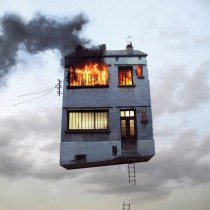 flying-houses-05-l-chehere-en-feu-2000px