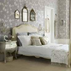 http://housetohome.media.ipcdigital.co.uk/96/00000a5ca/6865/vintage-bedroom.jpg