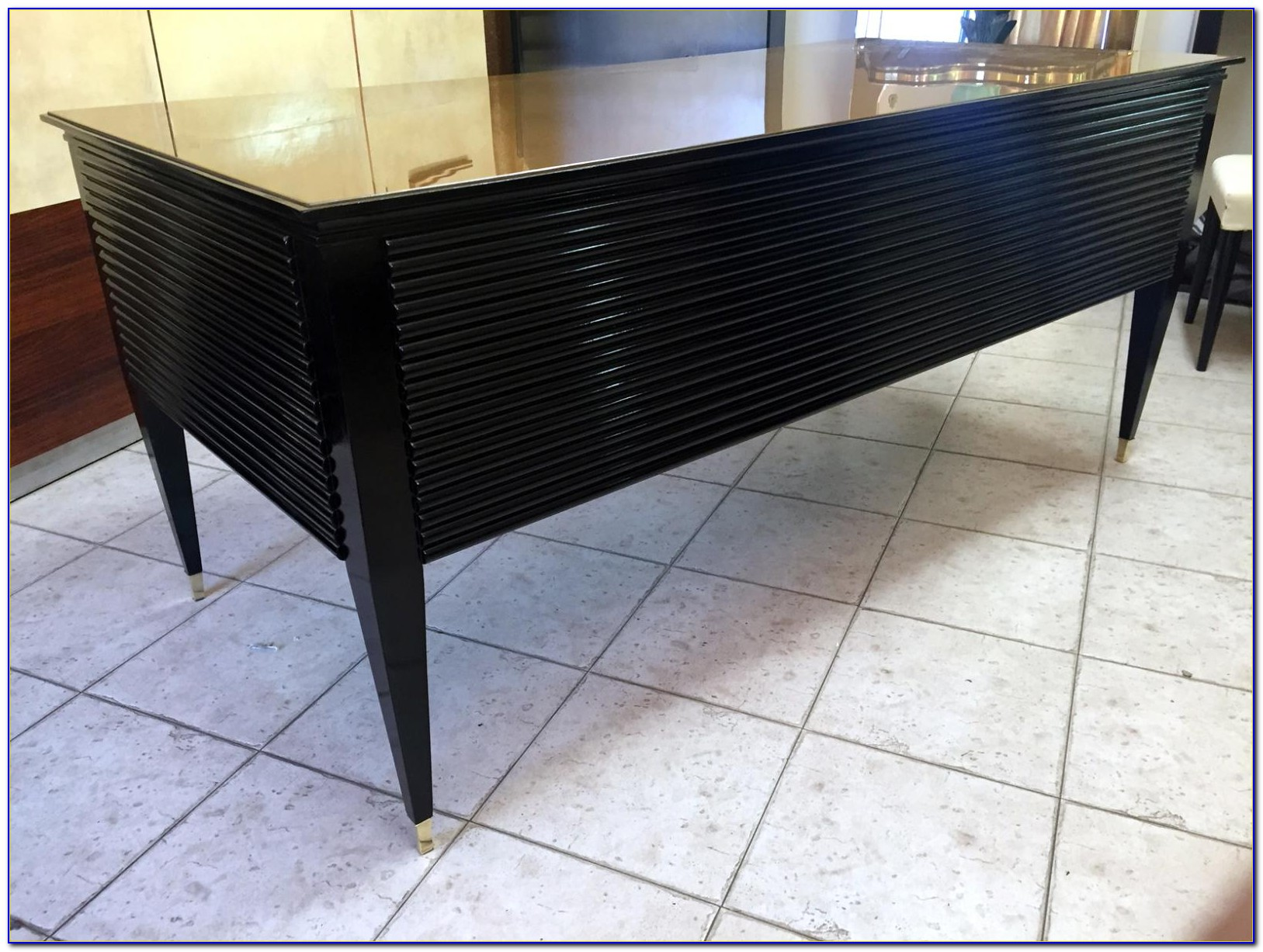 Schwarzer Schreibtisch Mit Aufsatz