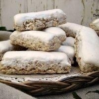 Torroncini o spumini, dolci tipici della tradizione abruzzese