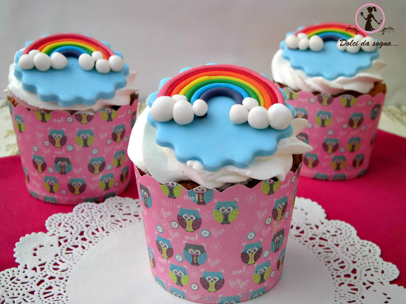 cupcake primaverili con arcobaleno