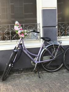 Bici al centro di Amsterdam