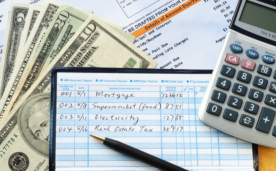Balancing a Checkbook – The How and the Why of Tracking your Expenses