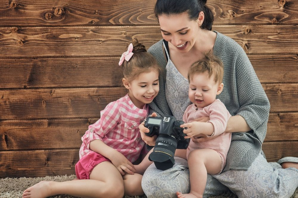60 Real Ways to Make Money as A Stay at Home Mom