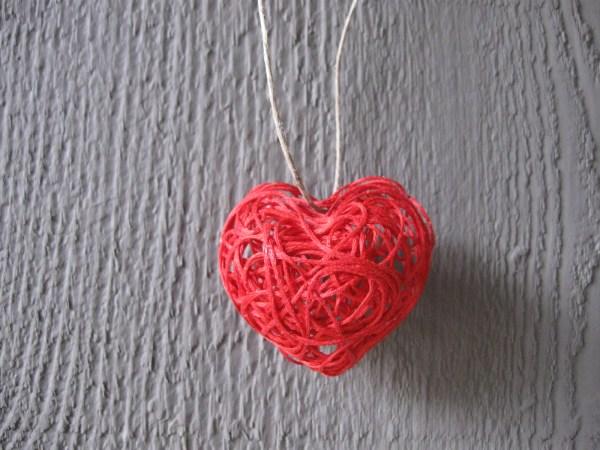 Make a String Art 3D Heart » Dollar Store Crafts