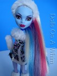 Mattel Monster High doll Abbey Abby Bominable School Outfit hair aurora