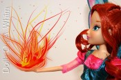 Jakks Pacific Winx Club Believix Bloom side view dragon flame fire ball