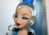 Jakks Pacific Winx Club Original Outfit Icy Good Vs Evil face makeup ringlets 3