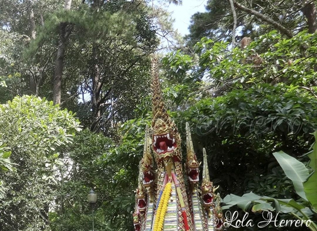 doi-suthep-temple-chiang-mai-tailandia-copia