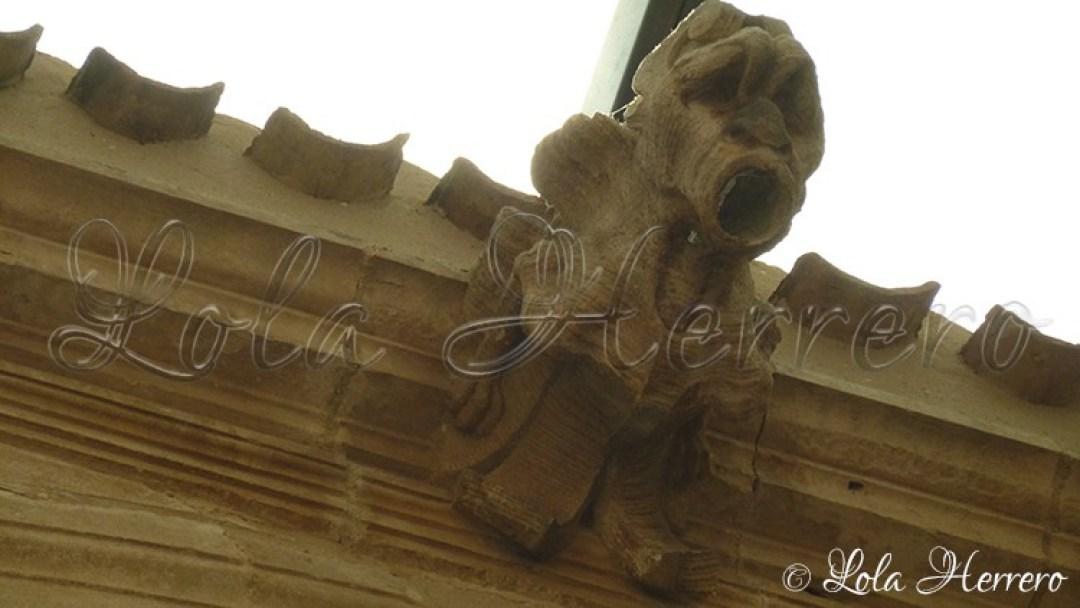 gargoyle grotesque monster