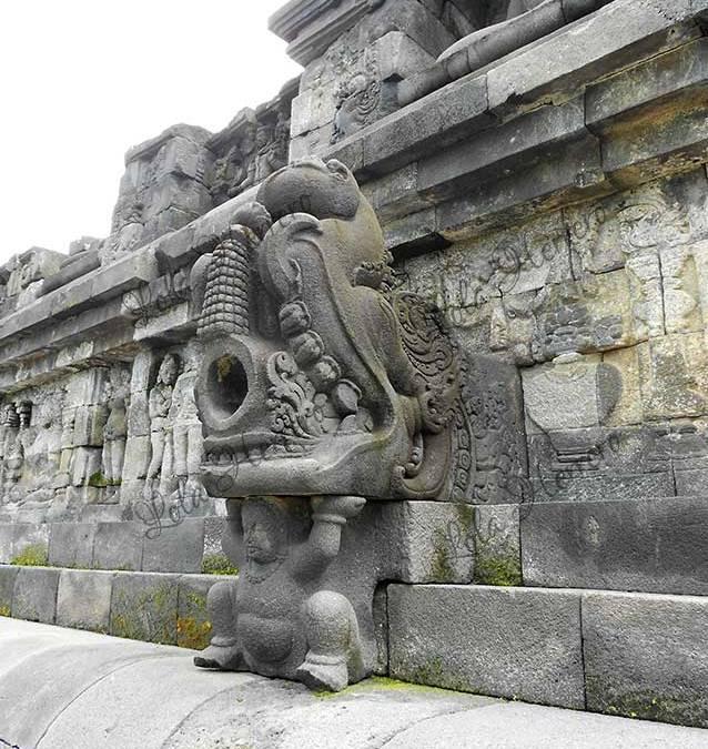 Gárgolas de Indonesia
