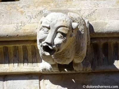 Gárgola de la Casa de las Conchas (Salamanca)