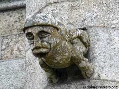 Gárgola-de-la-Catedral-de-Guarda-(Portugal)-(1)