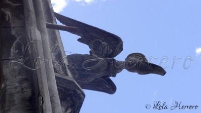 Gárgola de la Basílica del Sagrado Voto Nacional de Quito (Ecuador)
