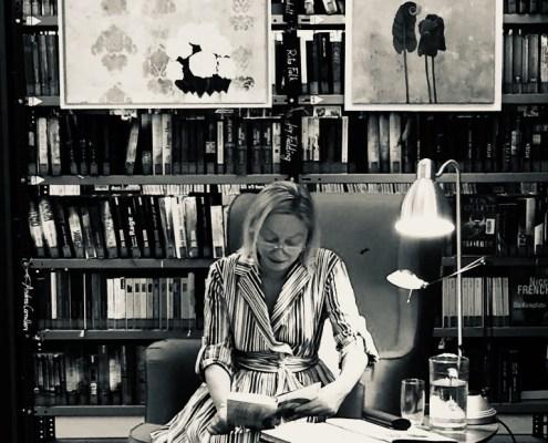 Barbara Neuwirth liest in der Stadtbücherei Retz