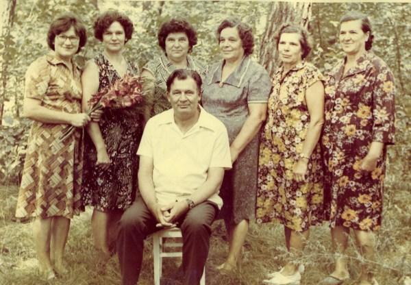 6 родных сестёр и 1 брат 1983 г.