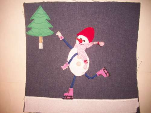 Снеговик на коньках без ёлки