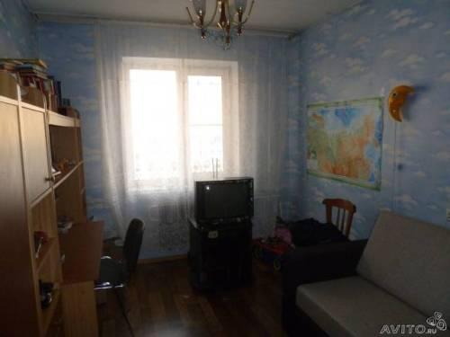 Комната между дальней и предыдущей комнатой