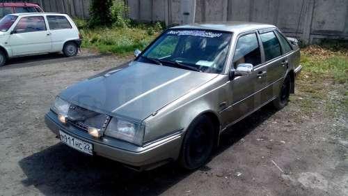 Автомобиль Вольво