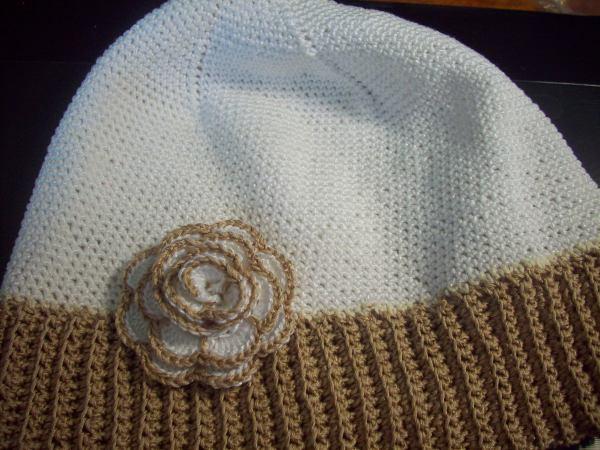 Розочка на моей шапке