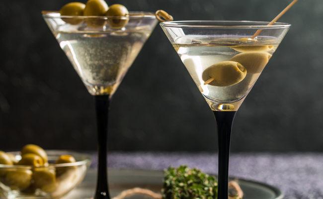Мартини бар қарапайым коктейль рецепті