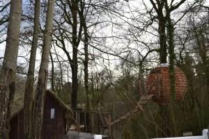 Vue d'ensemble de la cabane lov nid au domaine des vaulx