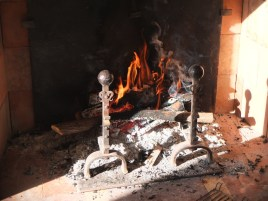 France castle fireplace logs