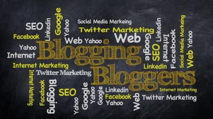 blogging-428954_1920