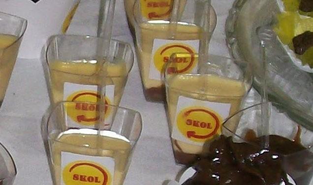 Mousse de Maracujá com Ganache de Chocolate