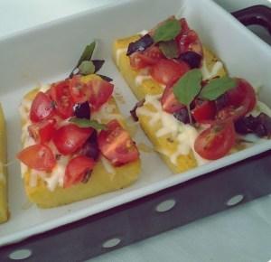 bruschetta de polenta com queijo