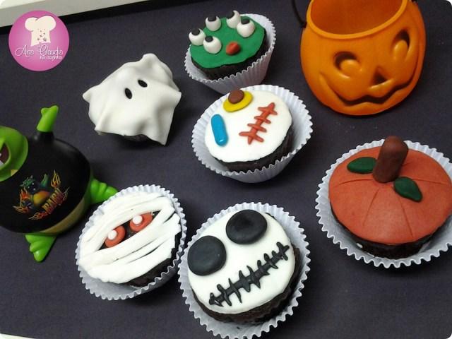 Cupcakes fantasmagóricos para o Halloween