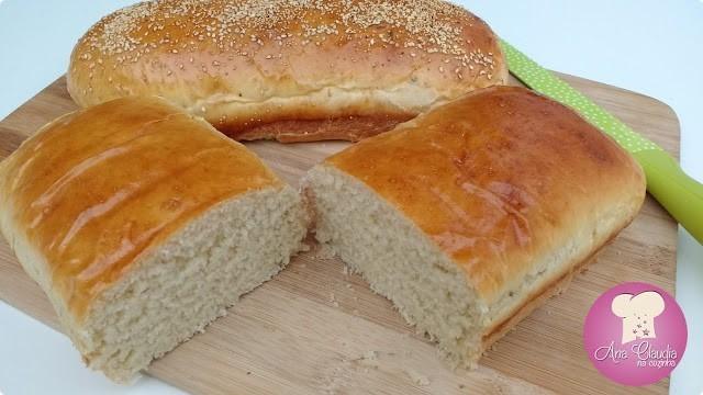 pão com sementes de iogurte na massa