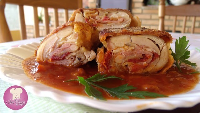 coxa de frango desossada e recheada
