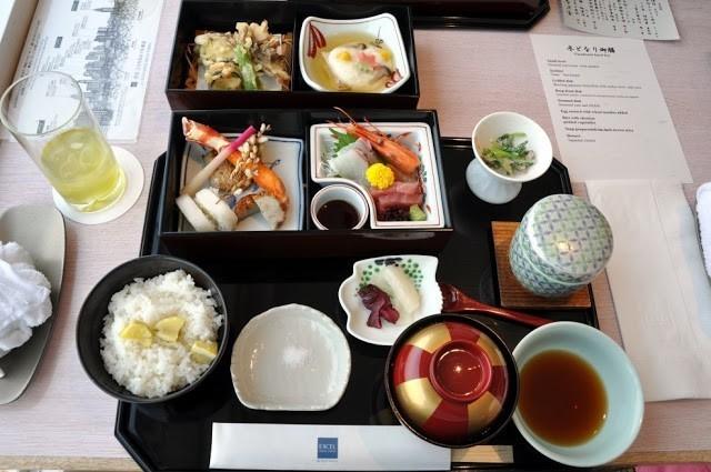 Um Giro pela Culinária Japonesa