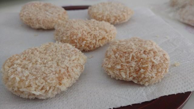 nuggets caseiros de frango, delicioso, sem conservantes ou qualquer aditivo químico, dom manjericão