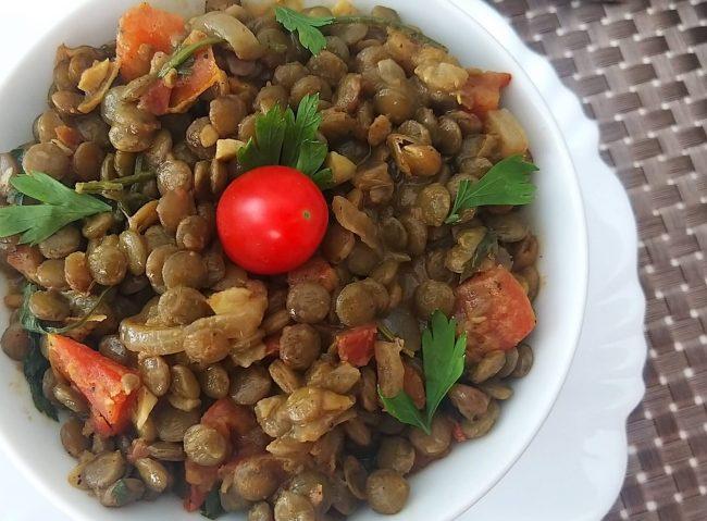 curry de lentilha com leite de coco