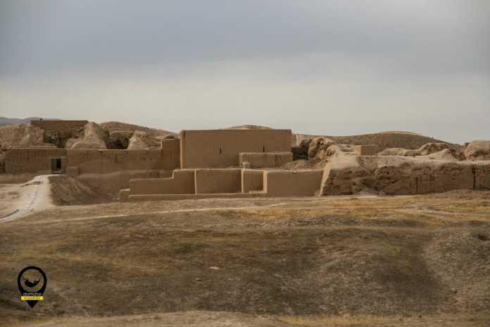 Twierdza Partów w starożytnym mieście Nisa